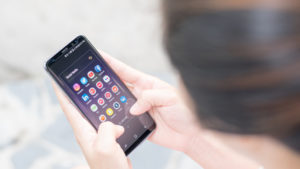 Cómo configurar apps por defecto en tu teléfono