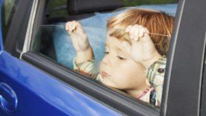 Niños y viajes: cinco trucos para que todo vaya sobre ruedas