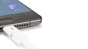 Todo lo que puedes hacer añadiendo adaptadores a tu smartphone