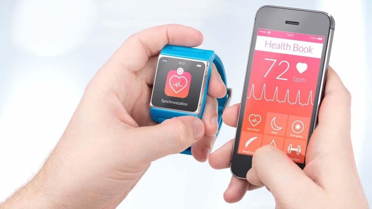 Smartwatch vs Pulsera de actividad: cuándo comprar una u otra