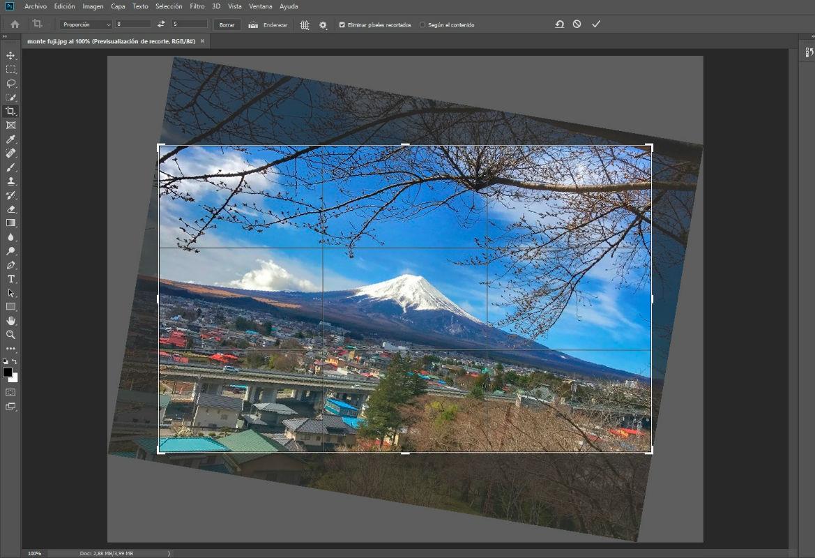 Cómo recortar una imagen con Adobe Photoshop