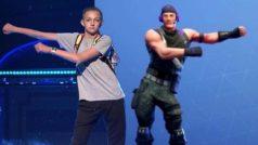 """""""Carlton"""" no es el único: este chico también demanda a Fortnite por usar sus bailes"""