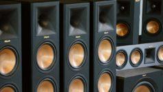 Cómo escuchar música en dos altavoces bluetooth a la vez