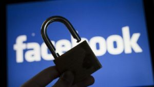 Facebook no protege los datos confidenciales de sus grupos