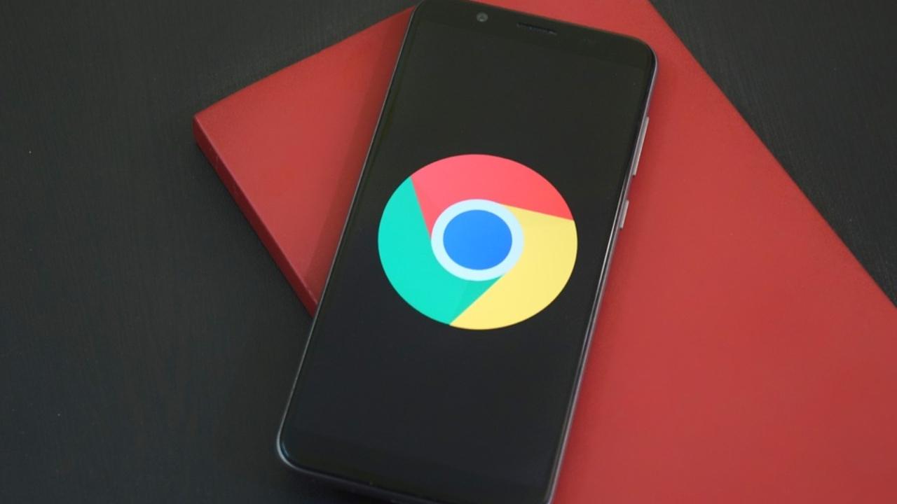 Aprende a activar el nuevo modo oscuro de Chrome en Android