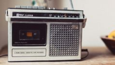 Cómo escuchar la radio FM en tu móvil