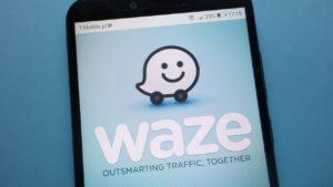 Cómo utilizar Waze en un móvil con Android Auto