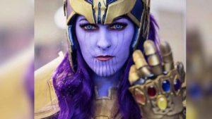 Esta cosplayer nos demuestra que una versión femenina de Thanos impone tanto como el Titán original
