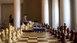 Un ajedrecista ha sido acusado de usar su móvil para hacer trampas en su partida de ajedrez