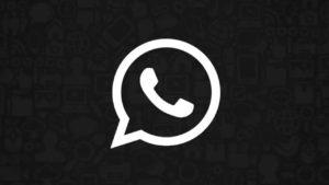 WhatsApp va más allá del modo oscuro: llegan los fondos de colores oscuros