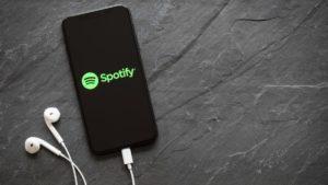 Las mejores playlist de Spotify para disfrutar de este verano