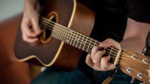 Las mejores apps y servicios para aprender a tocar un instrumento