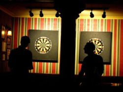 Play darts on your phone