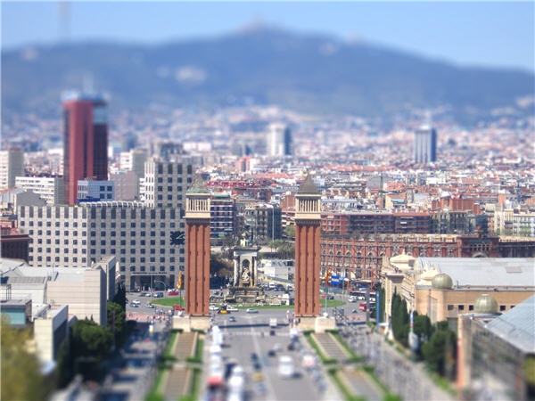 Create a tilt-shift effect in two clicks