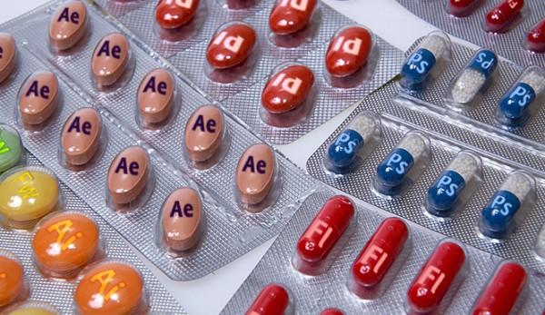adobe-pills1-600x347