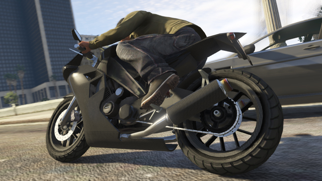 More details about Grand Theft Auto V Special and Collector's Editions