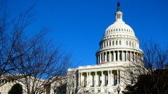 Apple, Facebook, Google and others back government transparency bill
