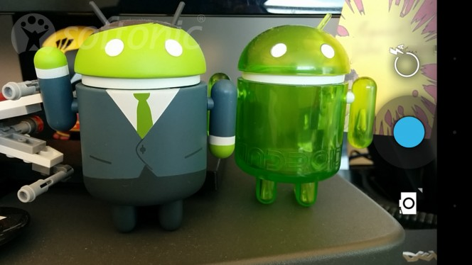 Android camera header