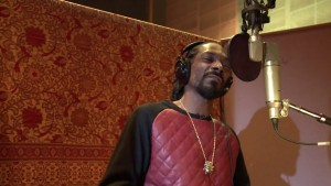 Snoop Dogg voice pack coming to Call of Duty: Ghosts April 22, ya dig?