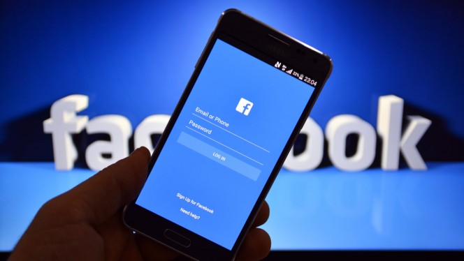 Facebook cracks down on online impersonators