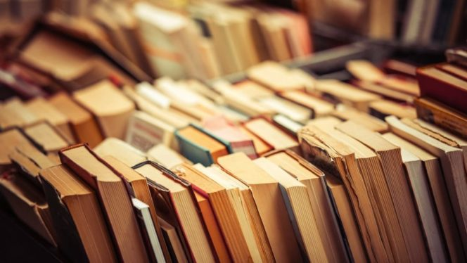 Quick-and-easy ways to organize your digital and physical books