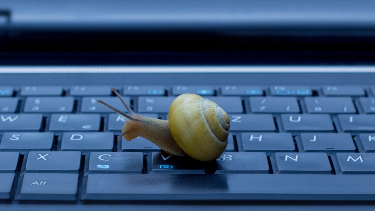 laptop slow startup windows