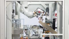 Watch Apple's new machine that can take apart 200 iPhones an hour