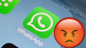 WhatsApp failure means blocked contacts can send you messages