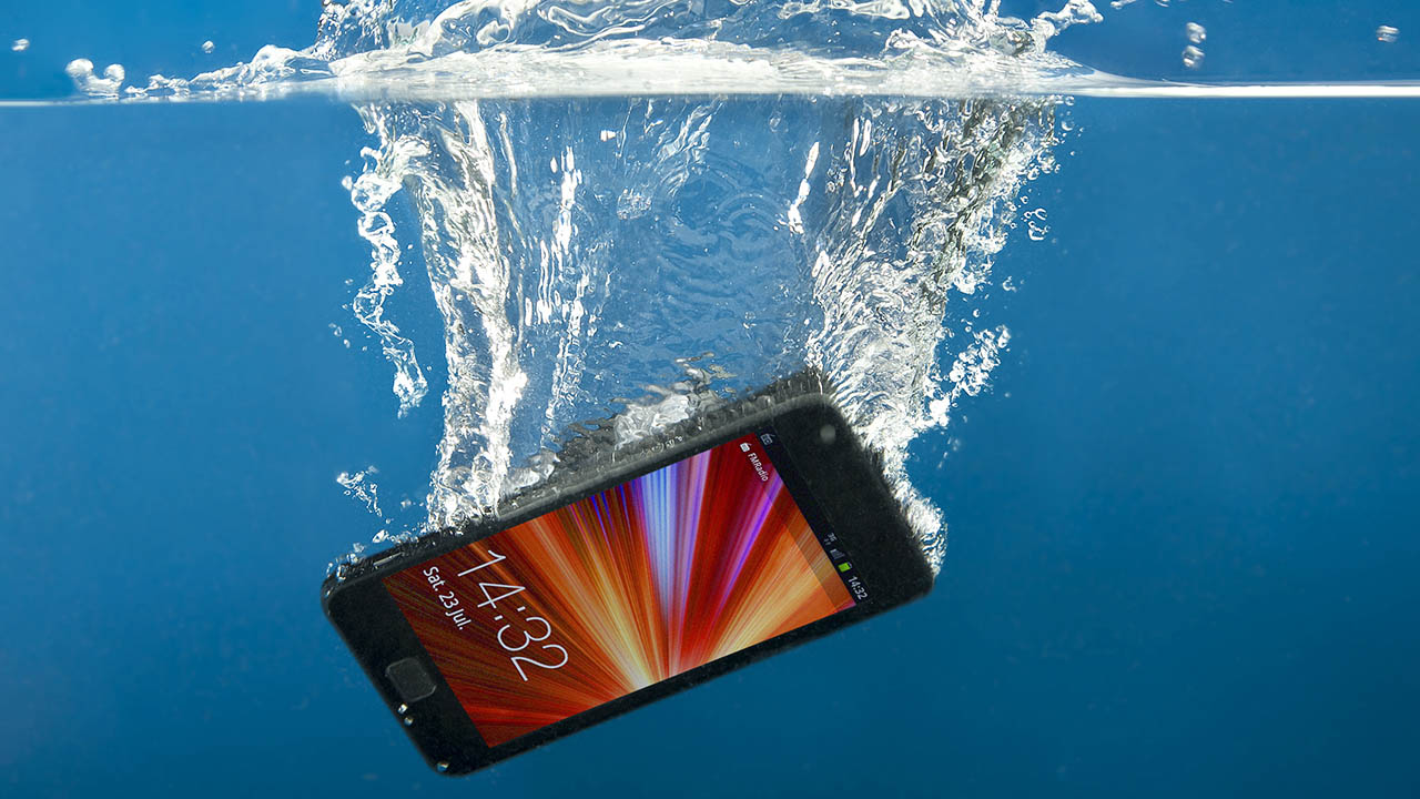 How to try and save a phone you've dropped in water