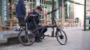 Uber pushes electric bikes for short trips