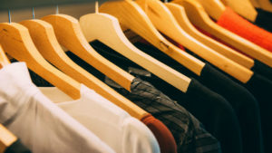 4 best apps to help you shop for clothes