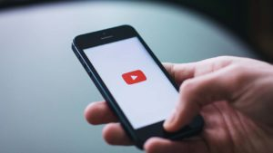 YouTube makes it easier to subscribe to channels you love