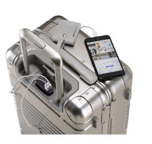 arlo skye smart luggage