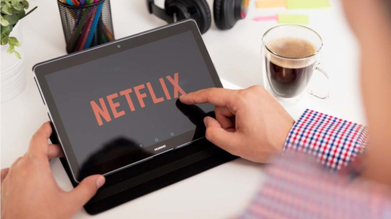 Guide to Netflix's Smart Downloads feature