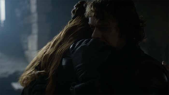 Theon hugs Sansa