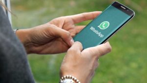 WhatsApp cracks down on clone apps