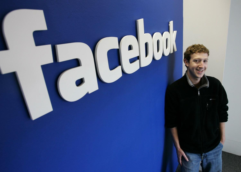 Facebook: Mark Zuckerberg risponde alle domande degli utenti