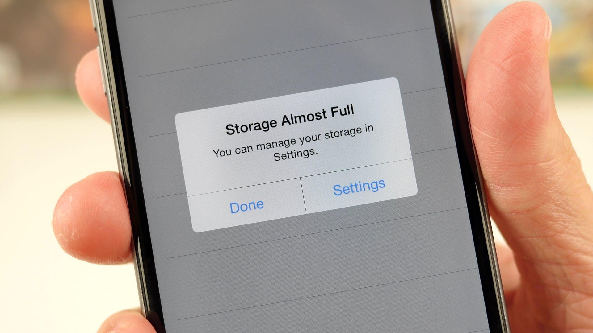Trucchi iPhone: libera memoria dal tuo iPhone in pochi secondi