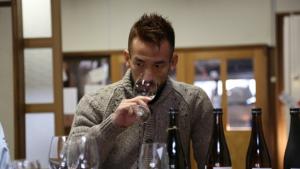 日本酒ラベルにカメラをかざして酒情報を得られる 中田英寿氏監修のSAKEアプリ