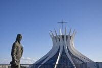 Catedral Metropolitana de Brasília - Distrito Federal (Crédito: Visit Brasil)