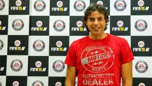 """Entrevista com Sebastián Enrique: """"Este ano o FIFA 15 é jogabilidade, controle e resposta"""""""