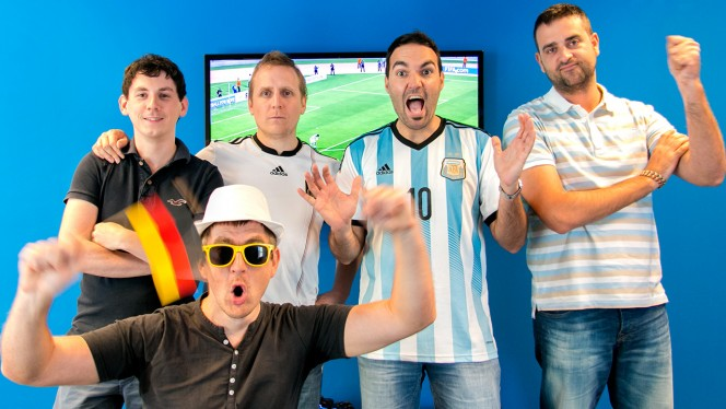 Simulação da final da Copa 2014 entre Argentina e Alemanha no Softonic