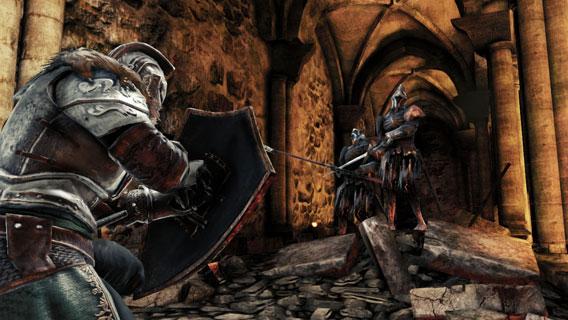 Em combates, concentre seu ataque e evite grupos de inimigos