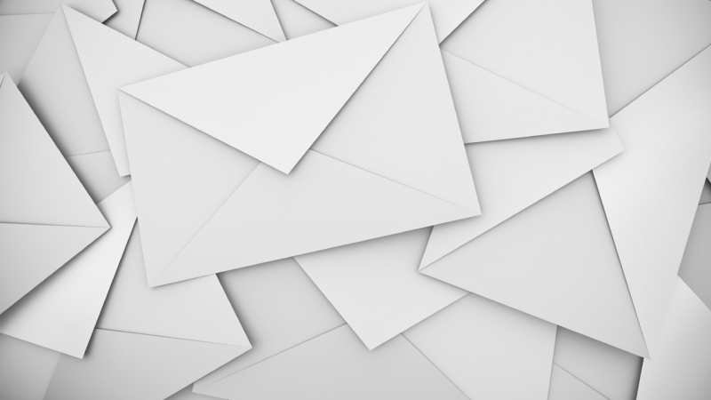 Klartext: Wer ist schuld an der E-Mail-Flut?