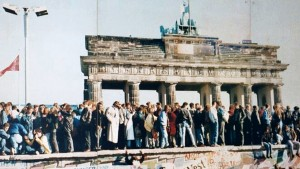 25 Jahre Mauerfall: Erkunden Sie die Geschichte mit Google Maps