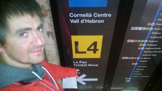 Seguindo as instruções do HERE Transit no metrô