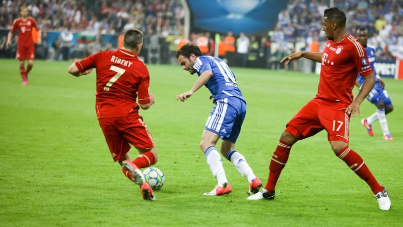 FIFA 15 pourrait perdre les droits de la Bundesliga face à PES 2015