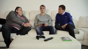 FIFA 14 UT: Griezmann présente son équipe à Pierre Ménès et Daniel Riolo