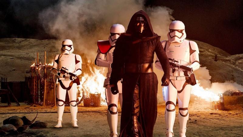 Star Wars 7: téléchargez gratuitement les nouveaux stickers de Facebook