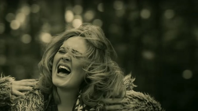Adele pulvérise le record sur YouTube